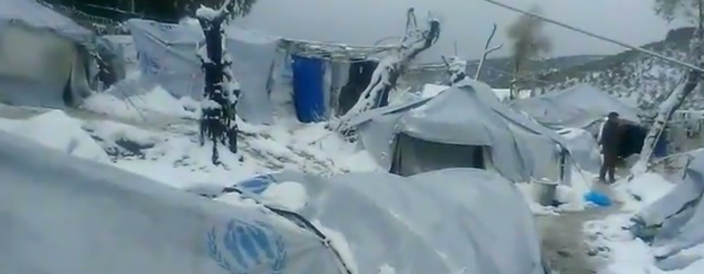 snow-covered-refugee-camp-in-greece