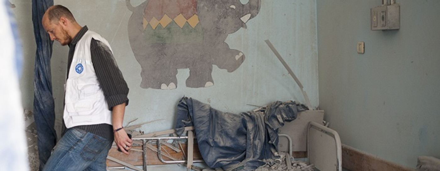 volunteer-in-war-zone-childs-bedroom