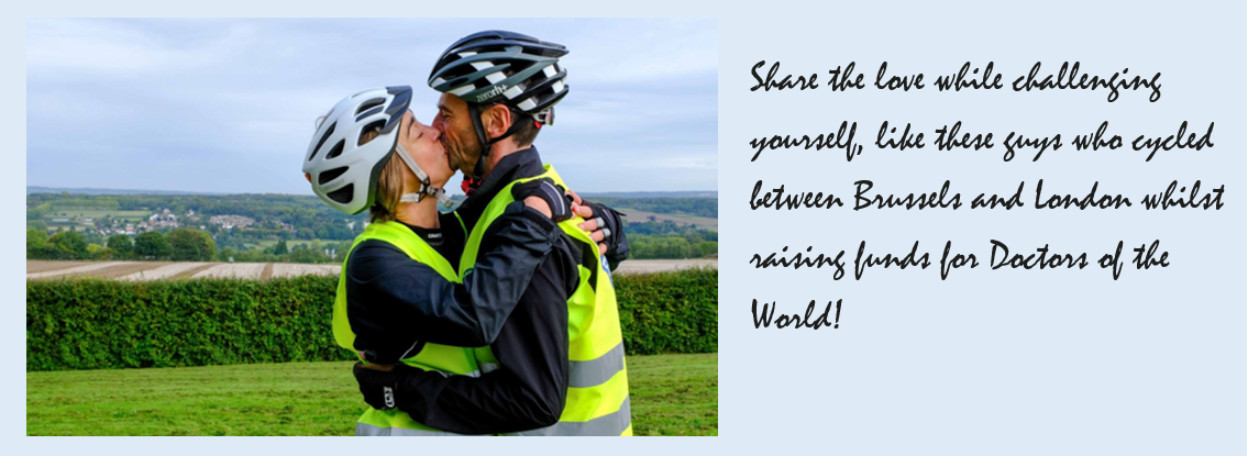 cyclist-couple-kissing